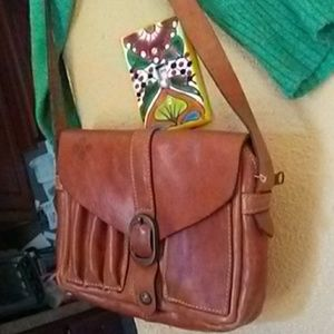 Patricia Nash Vintage Leather Crossby